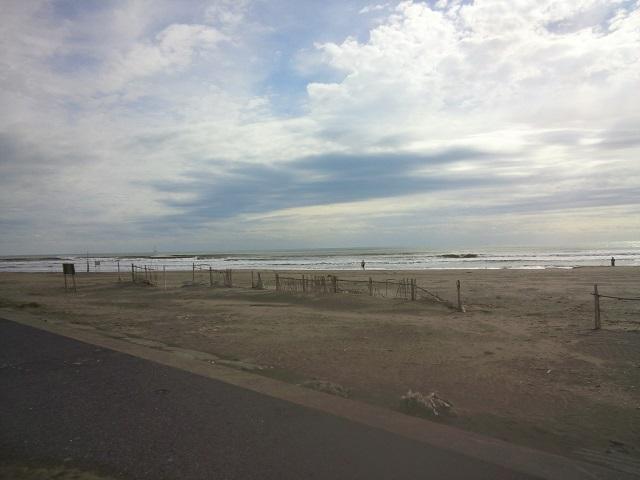 サーフィンスクール11/10(木)THE DAY・・・